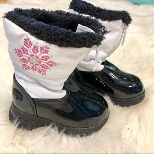 013ffc7f571ea Like New Totes Toddler Girls Snow Boots size 5